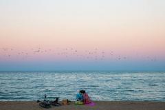 Любов и хармония на брега на морето.  Снимка: ToGood Photos